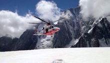 L'AW139 dell'elisoccorso valdostano in una missione in quota.