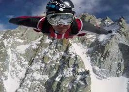 Marshall Miller volo con la tuta alare dall'Aiguille du Midi