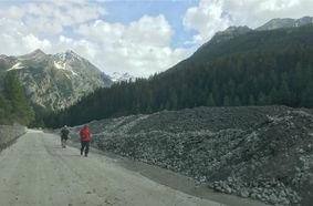 Durante le colate sono caduti circa 10mila metri cubi di materiale (foto FB Comune di Cogne).