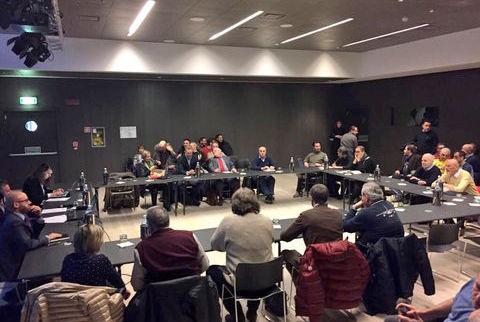 riunione fra sindacati a azienda, procedura licenziamento collettivo
