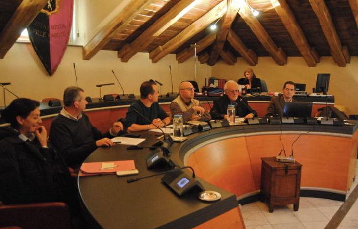 La II Commissione consiliare del Comune di Aosta con l'Amministratore Unico NUV Bruno Milanesio