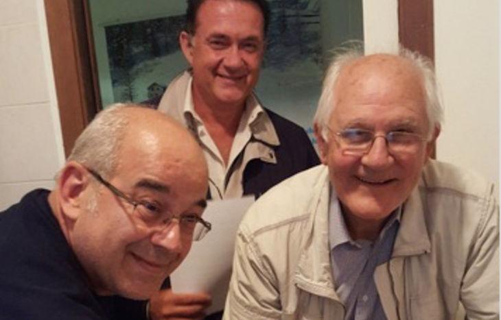 Servizio sperimentale disabili - la firma dell'accordo da parte di Luigino Vallet, Corrado Adamo