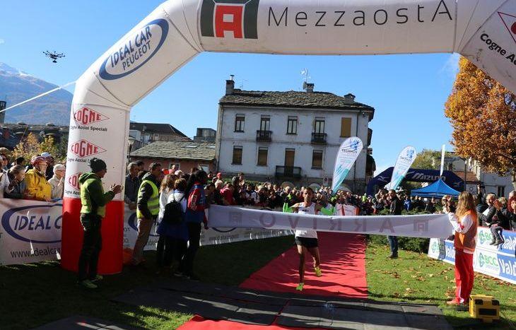 L'arrivo di Youssef Saabi, vincitore della MezzAosta