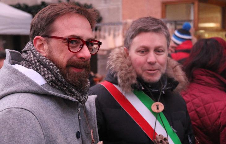 Daniele Viotti e il sindaco Fulvio Centoz