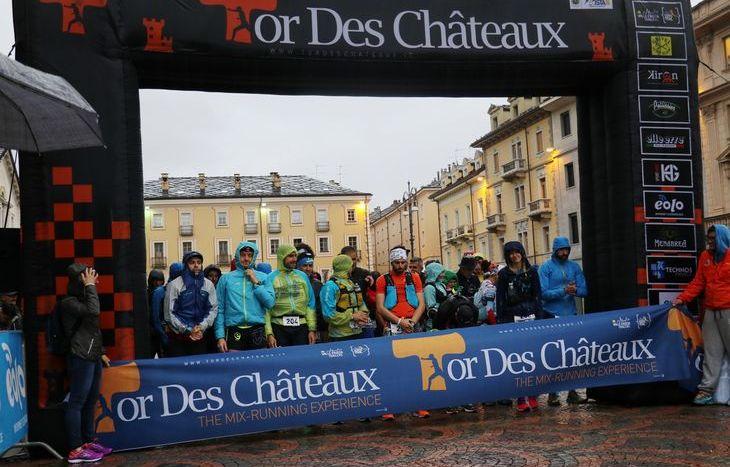 La partenza del Tor des Chateaux