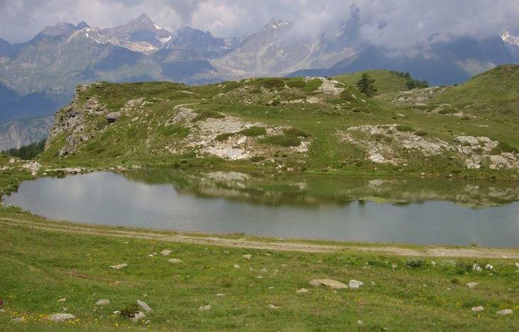 Il lago di Champlong