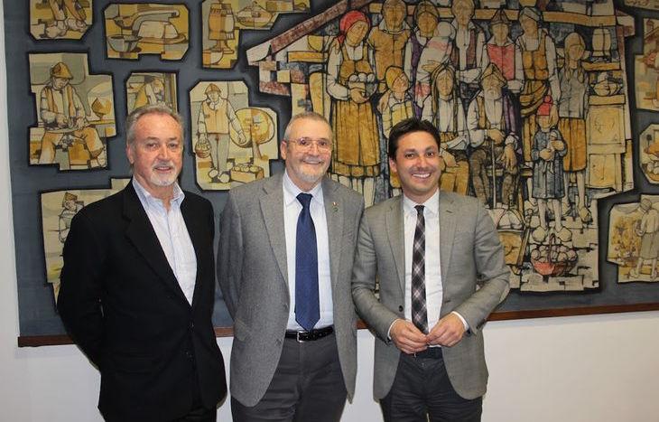Il Presidente della Regione Laurent Viérin e il Presidente del Consiglio Valle Andrea Rosset hanno incontrato il Sindaco di Carema, Giovanni Aldighieri.