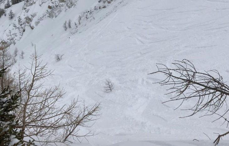 La valanga del Petit Dolonne (dal sito www.data-avalanche.org).