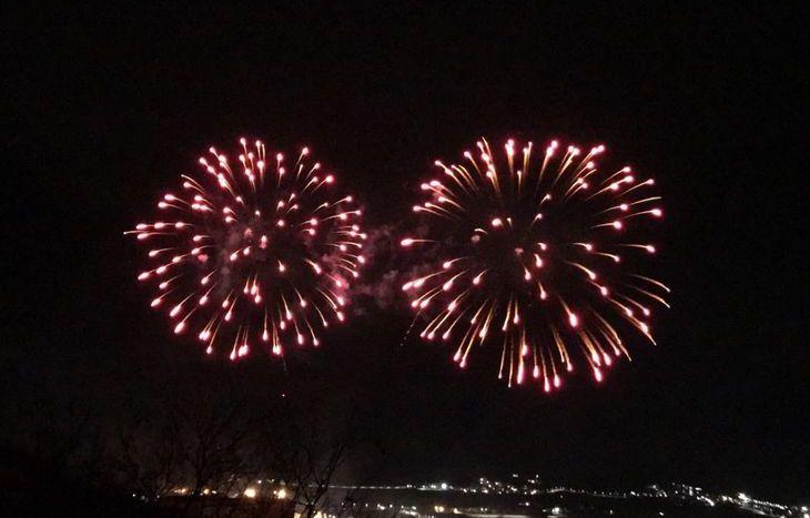 I fuochi d'artificio al carnevale di Pont-Saint-Martin