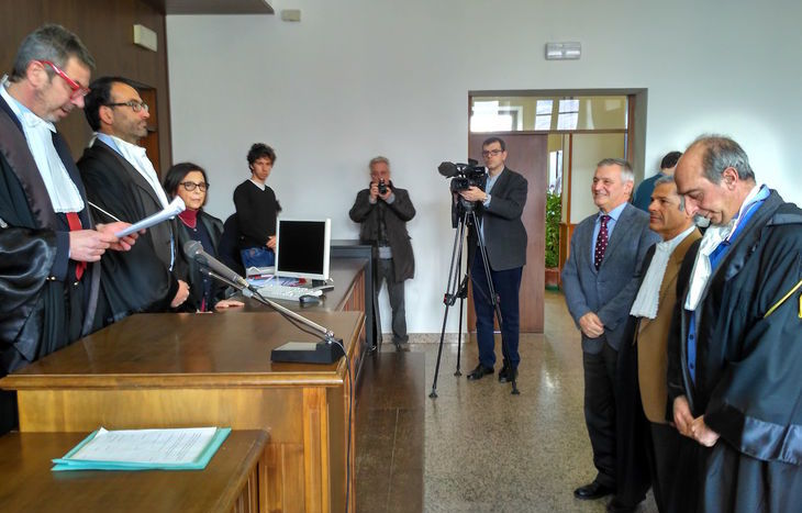 Il presidente Gramola tra i procuratori Fortuna e Barrelli Innocenti.