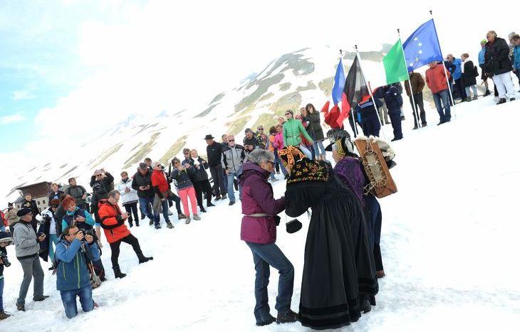 Apertura Piccolo San Bernardo