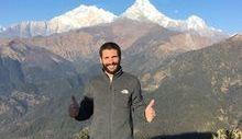 Matteo Pes in Nepal, in una foto sul suo profilo Facebook.
