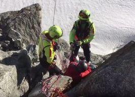 Il salvataggio della  alpinista inglese sulla Tour Ronde