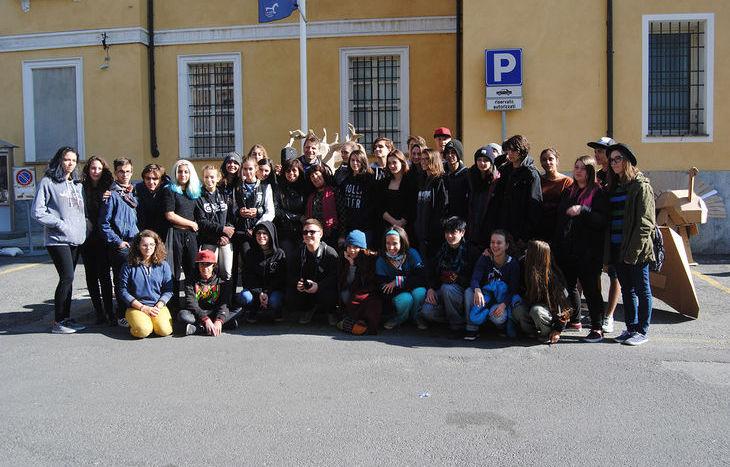Gli studenti e gli insegnanti del Liceo Artistico di Aosta