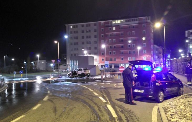 L'incidente alla rotonda di viale dei Partigiani.
