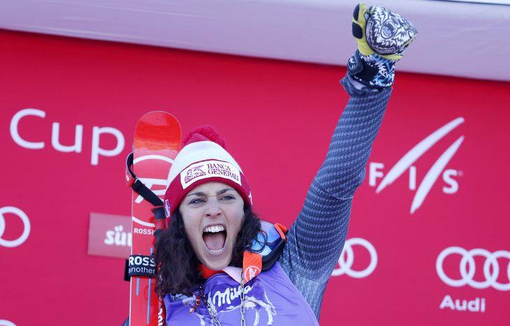 Federica Brignone sul gradino più alto del podio - Credit Pentaphoto
