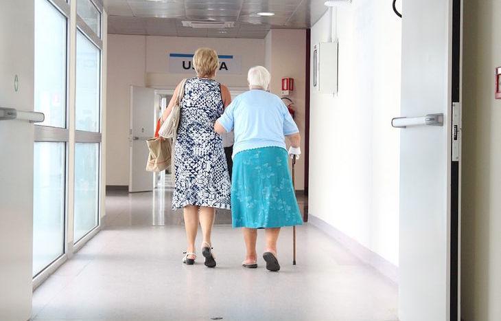 anziani, microcomunità