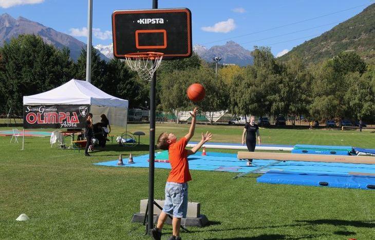 Dimostrazioni sportive a SarreDimostrazioni sportive a Sarre - Basket