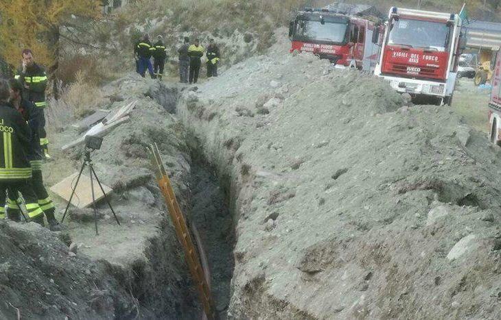 Il luogo dell'incidente  - nel crollo di un cantiere a Periasc muore 44enne