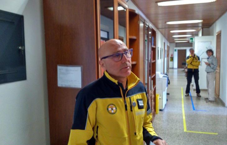 Il maresciallo Delfino Viglione, nei corridoi della Procura.