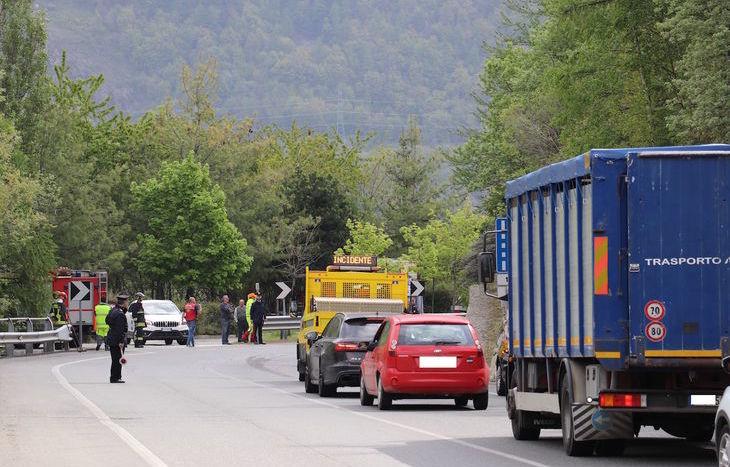 L'incidente sulla Statale 27, a Gignod.