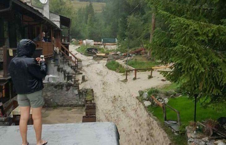 La frana in Val Ferret - foto da FB (credit: Laura Presa)