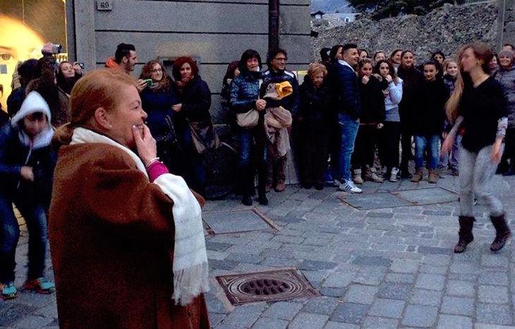 Maureen Gallagher, nel giorno del flash-mob a sorpresa.
